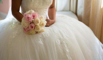 Cómo encontrar el vestido de novia perfecto para la boda civil